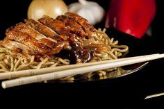 Recette de Poêlée de porc épicé au colombo . Facile et rapide à réaliser, goûteuse et diététique. Ingrédients, préparation et recettes associées.