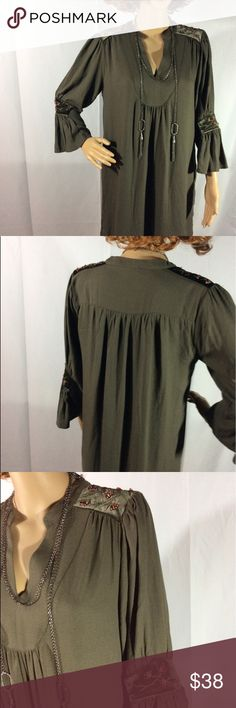 """Carolina Belle Montreal Olive Green Dress Carolina Belle Montreal Olive Green Velvet Stitched Details Bell Sleeves Dress Sz 8 CONDITION: This Dress Is In Excellent Condition FEATURES: This is a Beautiful Dress That Has Bell Sleeves and Velvet Sleeves Stitching . Great Idea For Work or Party  MEASUREMENTS \ Laying Flat : Length: 34 """" / top neck down Bust: 19"""" / armpit to armpit  Waist :19"""" / open waist Hips : 20""""  /open Laying Flat Color may slightly vary from photos…"""