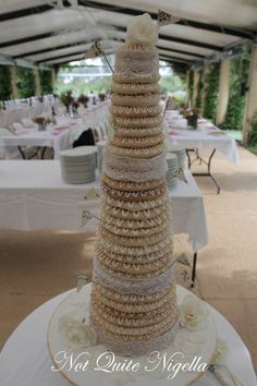 It is decided! My next wedding cake will be just like this! kransekake with lace!! I love this more than I have ever loved anything ever...wedding-cake-related anyway