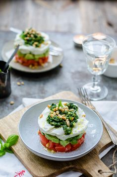 Alkaline Cookbooks & Recipes New Launch 2013 Diner Recipes, Clean Eating Recipes, Cooking Recipes, Cooking Food, Veggie Recipes, Vegetarian Recipes, Healthy Recipes, Diner Menu, Tomate Mozzarella