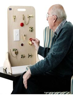 Locks and Latches Board - refining manual dexterity skills : Activites for Elderly People with dementia and Alzheimer& Tactile Activities, Elderly Activities, Senior Activities, Work Activities, Motor Activities, Spring Activities, Physical Activities, Physical Education, Montessori Activities