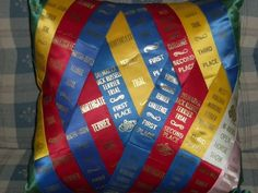 What a great way to display award ribbons (swimming, track. Horse Ribbon Display, Horse Show Ribbons, Ribbon Projects, Ribbon Crafts, Sewing Projects, Ribbon Art, Swim Ribbons, Swim Mom, Swim Team Mom