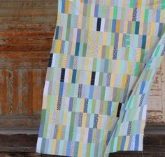 Strip Quilt by Cluck Cluck Sew Quilting Projects, Quilting Designs, Rail Fence Quilt, Cluck Cluck Sew, Summer Quilts, String Quilts, Boy Quilts, Quilt Patterns Free, Quilt Tutorials