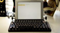 iPadをランドスケープモードで置いたQwerkywriter