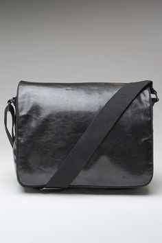 messenger bag//