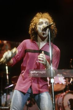 Lou Gramm performing with 'Foreigner' at the Oakland Coliseum in Oakland, California on October 24, 1985.