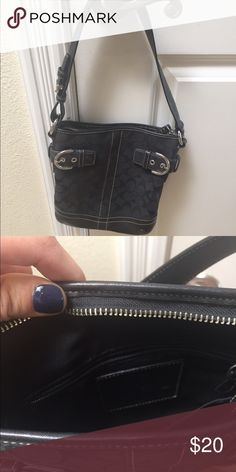 Coach black purse Used barely. Black coach purse. Coach Bags Shoulder Bags