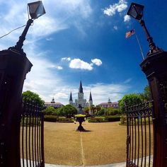 When one door closes another opens  #jacksonsquare #neworleans #stlouiscathedral #louisiana #goprogirl #goprotravel #gopro #wanderlust #getoutside #frenchquarter #nola by edysiaaa