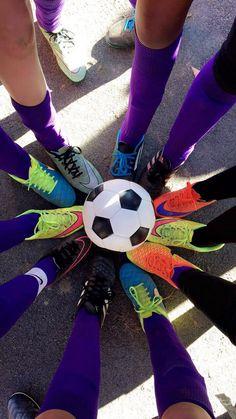 Soccer Team Photos, Soccer Images, Soccer Pics, Soccer Pictures, Batman Comic Art, Batman Comics, Night Aesthetic, Couple Aesthetic, Beach Photos