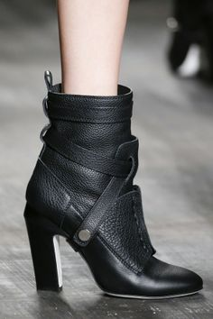 Brilliant strappy boot at Fendi, Fall 2014 RTW Bootie Boots, Shoe Boots, Ankle Boots, Shoe Bag, Talons Sexy, All About Shoes, Mode Inspiration, Mode Style, Beautiful Shoes