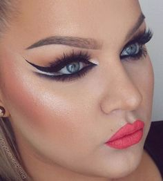 Whoa! Check out how fabulous this winged eyeliner is by @doyouevenblend! More: http://blog.furlesscosmetics.com/katina-k/