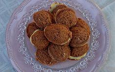 Narancskrémmel töltött barackmag - Karácsonyi sütik sütemény receptek képekkel - Fincsi.hu