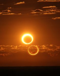 Annular Solar Eclipse Taken by Nicole Hollenbeck on May 10, 2013 @ 70km south of Newman, Australia. via http://pinterest.com/denebofficial/