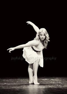 Dancer, Senior Pictures, Senior Girls, Class of 2013 Grad Pics, Graduation Pictures, 2016 Pictures, Senior Pictures, Snap Photography, Portrait Photography, Cheer Dance, Dance Poses, Senior Girls