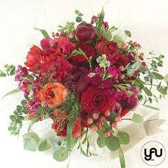 Buchet mireasa flori rosii _ BM219 – YaU concept Nasa, Wedding Bouquets, Floral Wreath, Wreaths, Artist, Decor, Floral Crown, Decoration, Wedding Brooch Bouquets