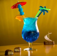 This summer, cool down with a refreshing and delicious blue lagoon cocktail. Read this Buzzle article to find 3 easy blue lagoon drink recipes by mixing a few basic ingredients.