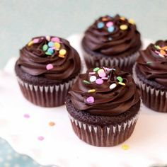 """Skinny"" Chocolate Cupcakes Recipe - RecipeChart.com #Dessert #Snack"