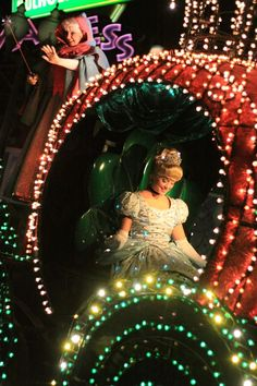 Cinderella in Main Street Electrical Parade