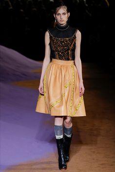 Sfilata Prada Milano - Collezioni Primavera Estate 2015 - Vogue