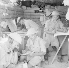 SEP 19 1942 An Officer adjusts to life in the Desert Industrious poses are adopted for the camera at a Royal Artillery battery command post, 15 September British Soldier, British Army, Afrika Corps, Royal Engineers, Command And Control, Army Infantry, Ww2 Pictures, North Africa, Military History