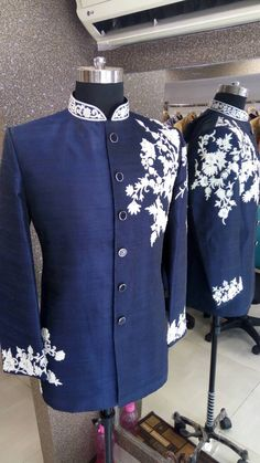 Mens Style Discover casual outfit men Blue Jodhpuri suits with classic Embroidery Wedding Dresses Men Indian, Indian Wedding Wear, Wedding Dress Men, Wedding Suits, Older Mens Fashion, Indian Men Fashion, Mens Fashion Suits, Boys Kurta Design, Kurta Men