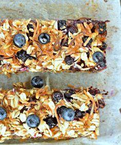 oatmeal breakfast bars vegan carrot cake