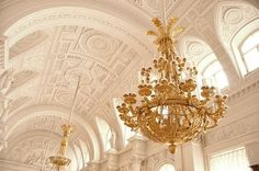 #Gold #Pearl #Interior #Inspiration #Decor #Versailles #Luxury #Ceilings #Chandelier