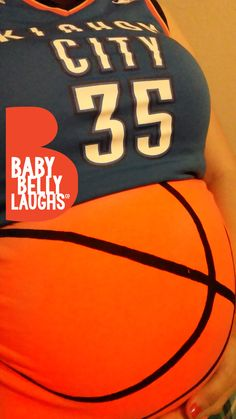 Basketball Maternity Shirt, Funny Maternity Shirt, Halloween Maternity, Basketball mom shirt, Pink Bows or Free Throws Gender Reveal Gender Reveal Banner, Gender Reveal Shirts, Gender Reveal Decorations, Gender Reveal Invitations, Funny Pregnancy Shirts, Pregnancy Humor, Funny Maternity, Basketball Baby Shower, Basketball Mom Shirts