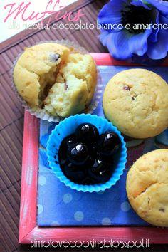 Un anno di blog: muffins alla ricotta, cioccolato bianco e amarene