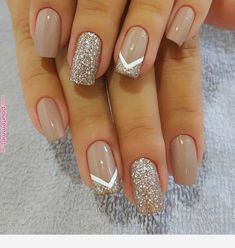 Pin on Nail art Pin on Nail art - nails - Nageldesign Stylish Nails, Trendy Nails, Elegant Nails, Cute Acrylic Nails, Cute Nails, Cute Simple Nails, Wedding Acrylic Nails, Gold Nail Art, Wedding Nails