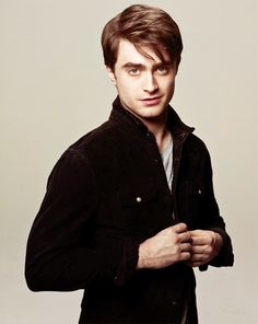 http://images5.fanpop.com/image/photos/28900000/Photoshoot-by-Warwick-Saint-daniel-radcliffe-28959124-500-628.png