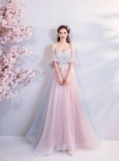 Description Pink sweetheart tulle lace applique long prom dress, pink evening dress Material: lace, tulle Size: US US US US US US 12 US 2 Shoulder to 4 Shoulder to 6 Shoulder to 8 . Unique Prom Dresses, Pink Prom Dresses, Tulle Prom Dress, Pretty Dresses, Beautiful Dresses, Wedding Dresses, Colorful Prom Dresses, Bridesmaid Gowns, Quinceanera Dresses