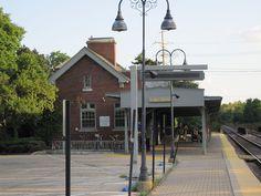 Lake Bluff Metra Station, illinois