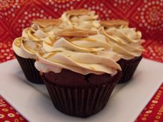Rooibos-Chocolate Cupcakes with Caramel Buttercream