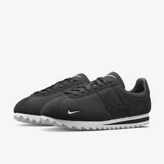 Nike Classic Cortez Shark Low Men's Shoe