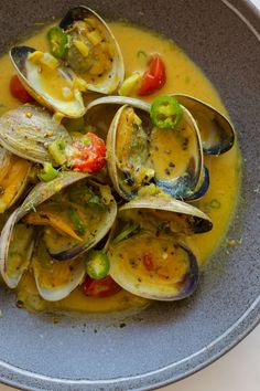 Killer Seafood   coconut green curry steamed clams