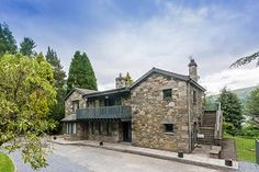 Loch Tay House with Hot Tub - Holiday Cottage, Nr Killin, Loch Tay, Scotland