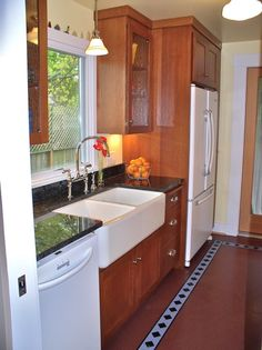 Kitchen Remodel With White Appliances beautiful modern kitchen with wood floor White Appliances With Quarter Sawn Oak Cabinets Would Like A Lighter Counter Top Color
