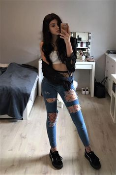 497196363497e 42 Grunge Looks for this Summer. Distressed Jeans OutfitFishnet  OutfitGrunge OutfitsJean ...