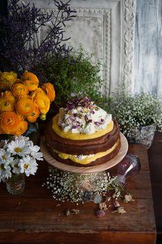 ❥ Lemon Dessert Love ❥ Almond Cake with Lemon Curd and Rose Cream Lemony Lemon, Lemon Curd, Cupcake Recipes, Cupcake Cakes, Individual Cakes, Boho Clothing, Flower Cakes, Lemon Desserts, Almond Cakes