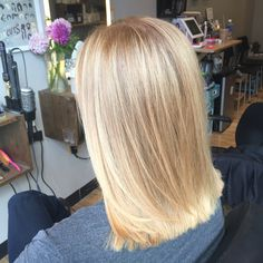 butter blonde - balayage - hair painting - sandy blonde - bright blonde - shiny - medium length haircut - smooth - blunt long bob #hairbykellyn I like this cut!