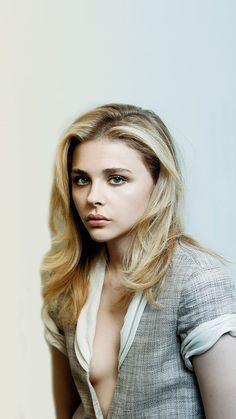 Chloe Moretz ★ Add your favourite Stars to your #iPhone + #Android @prettywallpaper