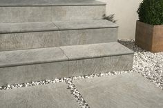 Aextra20 Porcelain Tiles In 20mm Thickness For Luxury Exterior Floors Stairs Www