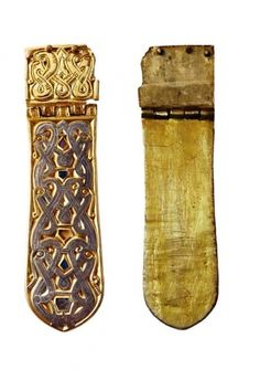 (Avar) Zamárdi-Rétiföldek, Hungary, grave Elaborate Gold Belt mount century CE) in the Animal Style (Tierstil II), a variant characteristic for the Avars. Medieval Belt, Medieval Jewelry, Ancient Jewelry, Artisan Works, Warrior Outfit, Early Middle Ages, Dragon Pictures, Viking Art, Anglo Saxon