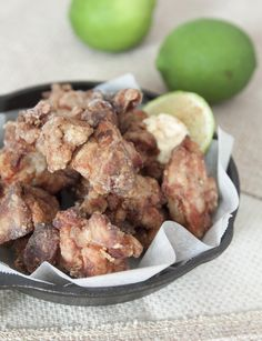 Japanese Fried Chicken (Karaage/唐揚げ ), Served with Japanese Mayo and Cayenne Pepper #KaraageRecipe  Full Recipe: http://www.foodmakesmehappy.com/2016/03/japanese-fried-chicken-karaage-served.html