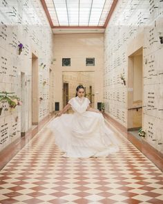 My style of wedding photography is more like street photography in that my focus is candid moments NOT posed moments. Dream Wedding Dresses, Bridal Dresses, Wedding Venues Oregon, Portrait Photography, Wedding Photography, Wedding Goals, Bride Hairstyles, Destination Weddings, Vintage Dress