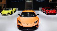 Lamborghini Huracan Performante và Aventador S ra mắt tại Thượng Hải