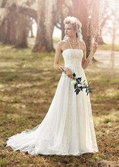 Poetic and graceful with a nostalgic feel, Melissa Sweet Style MS251082 is perfect for the rustic chic bride. Available exclusively at David's Bridal.