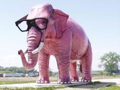A hip but nearsighted pink elephant (Deforest, WI) | The Most Incredible Roadside Sights And Attractions