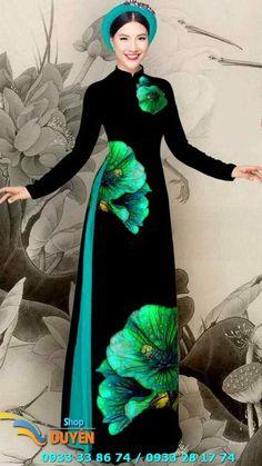 Love the dress, hate the hat. Vietnamese Traditional Dress, Vietnamese Dress, Traditional Dresses, Asian Fashion, Hijab Fashion, Fashion Dresses, Pretty Dresses, Beautiful Dresses, Mode Hijab